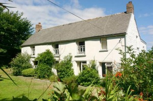 Tregithey Farmhouse self catering