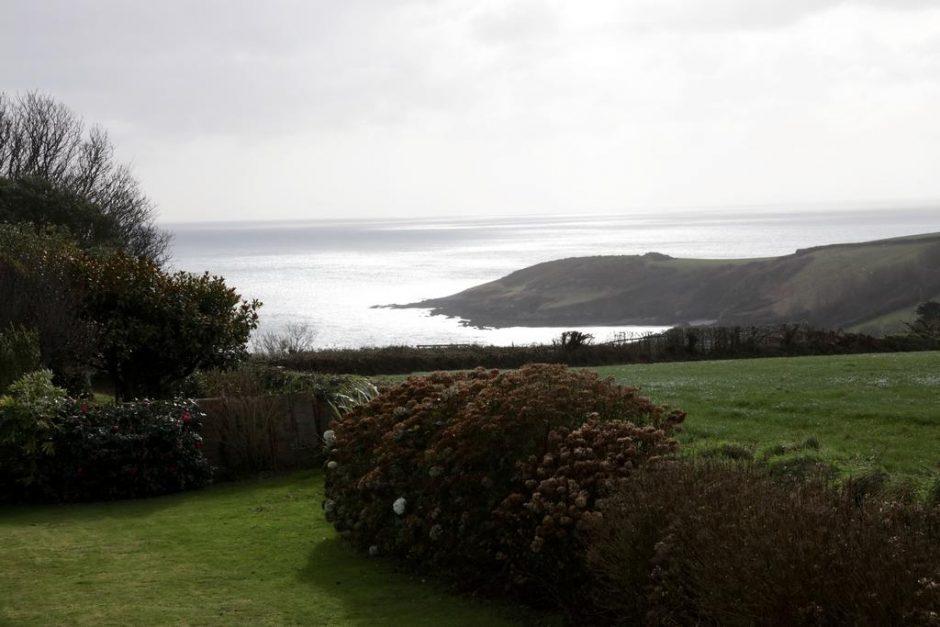 View down to Rosemullion Head